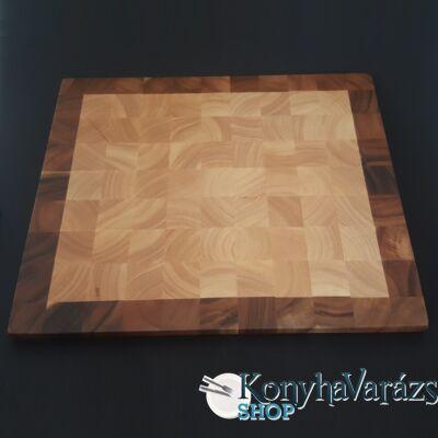 Fa vágódeszka 38x45,5x2 cm.